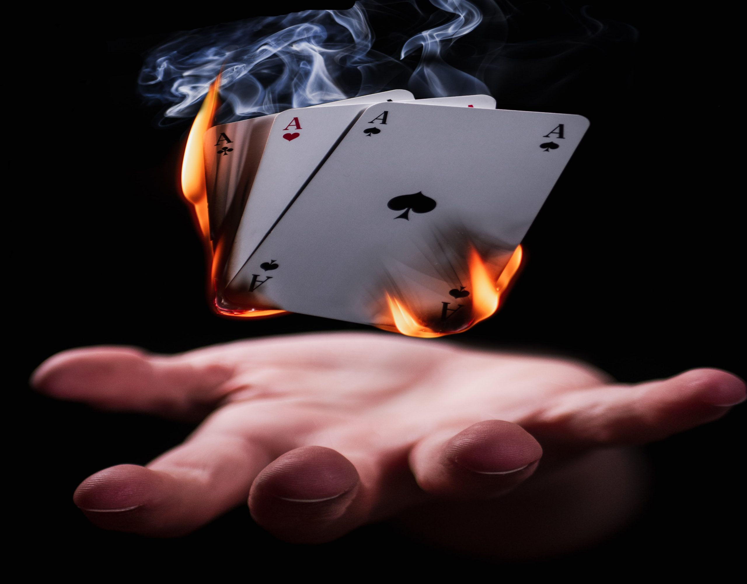 Le magicien doit maitriser les tours de cartes